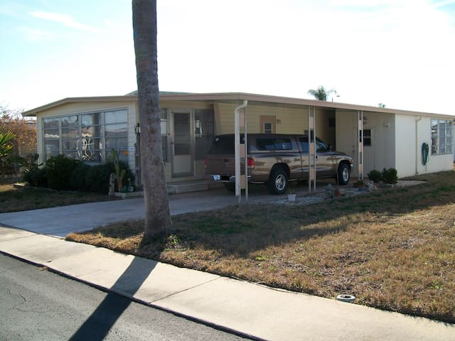 Rental in Tarpon Springs - Tarpon Springs - Hus