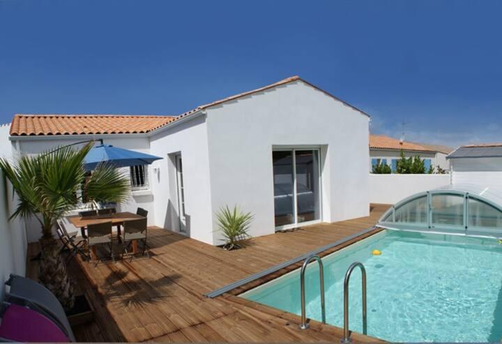 Villa avec piscine privée chauffée ILE D'OLERON