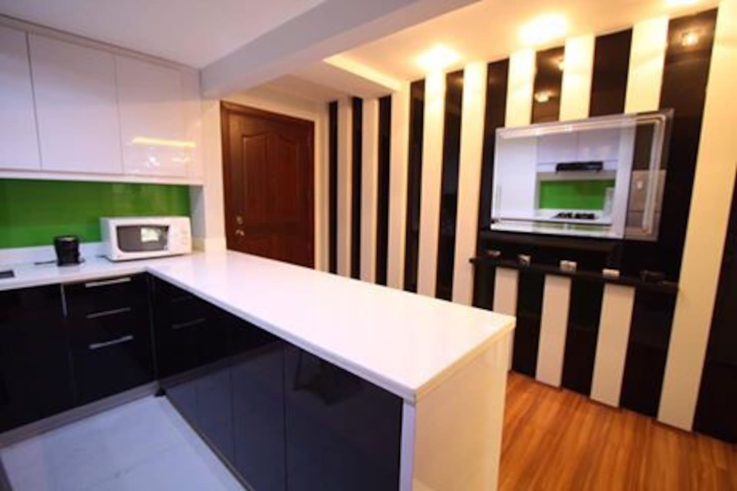 Wooden crib for sale quezon city - Luxe Modern Cozy Glass 1br Condo Condominiums For Rent In Quezon City Ncr Philippines
