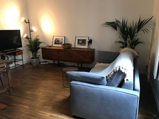 Studio dans le quartier le plus cool de Paris