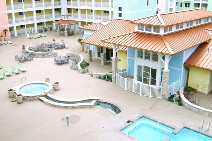 Beautiful courtyard with three pools and lots of seating