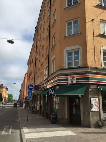 Two room apartment at the very heart of Södermalm
