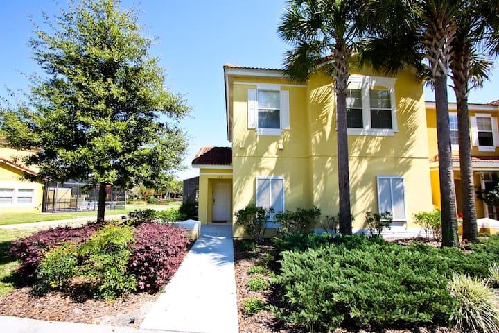 3031 Yellow Lantana Ln, Encantada - Kissimmee - House