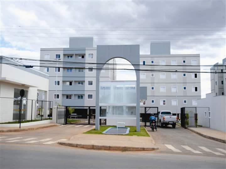 Apartamento em Montes Claros c Piscina Condominio