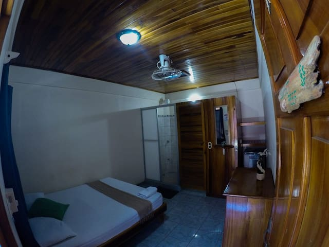 COMFY ROOM AT COCOBOLO GUESTHOUSE