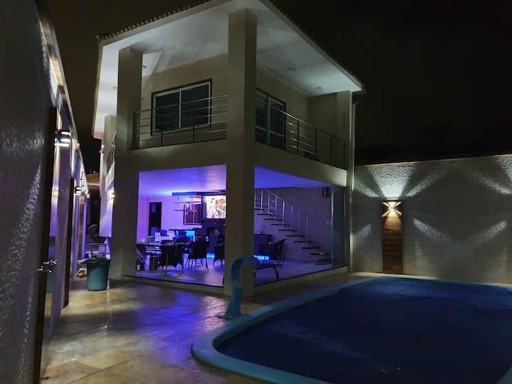 Quartos em Residência - c piscina aquecida área lz
