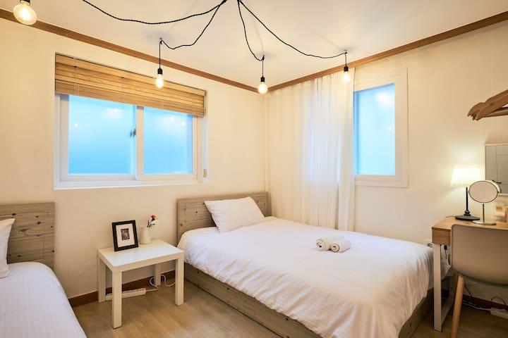 3Bedroom, 2bathroom 1shower Hongdae - Seoul - Apartemen