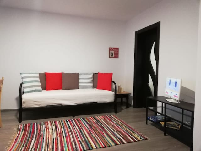Guest House Malusha- Apartment for 4 people