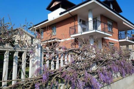 La Coccinella: casa con giardino a Condove (TO)