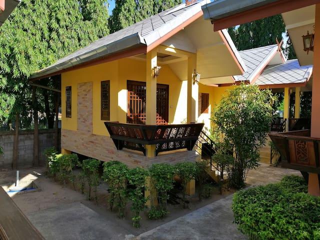 Fueangfu villa (Standard room)