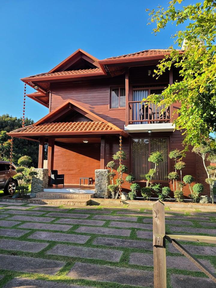 Villa Heydel - @ Jarabacoa Country Club