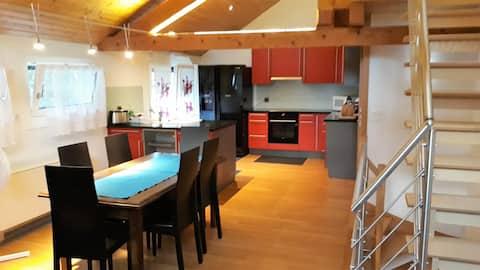 Whole large 3 levels apartment (115m2)