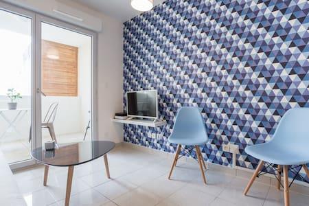 Marseille Appartement Vieux Port b - Marselha - Apartamento