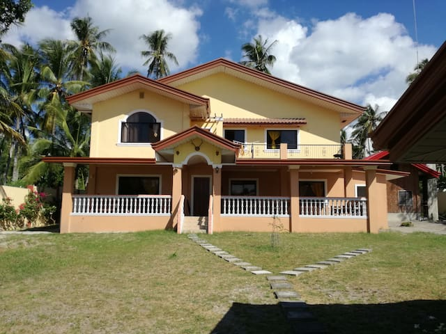 sheilas place(APARTMENT) dauin philippines