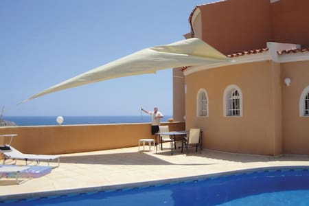 3 Bedrooms Home in Villajoyosa - Villajoyosa