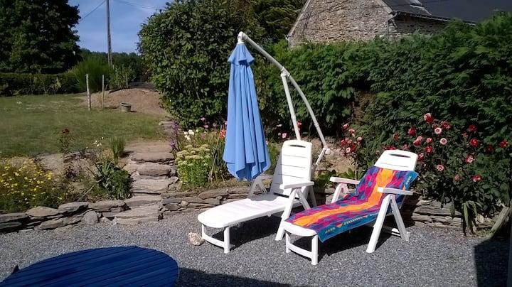 House, sleeps 4 in rural Brittany.