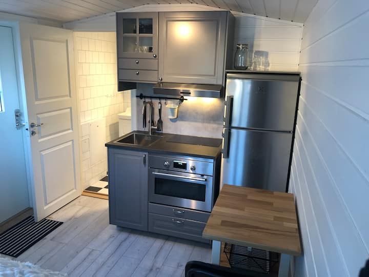 Brand new cottage with a free parking spot