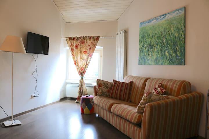 Cool Apartment in Via Vigevano