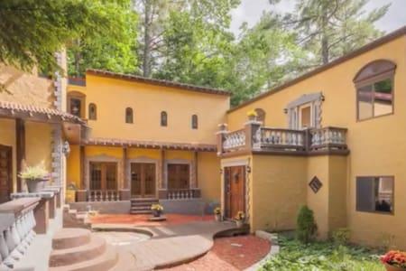 Mediterranean Style Villa on Private Lakeside
