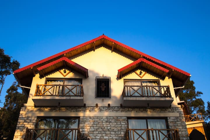 Jaiharikhal-Lansdowne Homestay Room-Mandaun
