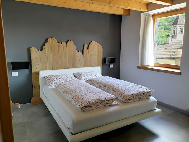 Camera da letto matrimoniale - Doublebed-room - Schlafzimmer mit Doppelbett