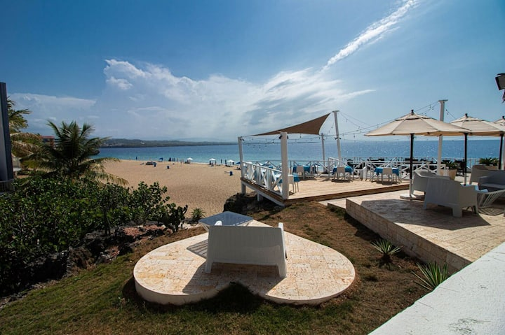 Bungalow 2: Stay at Waterfront -Playa Alicia is Finally Open