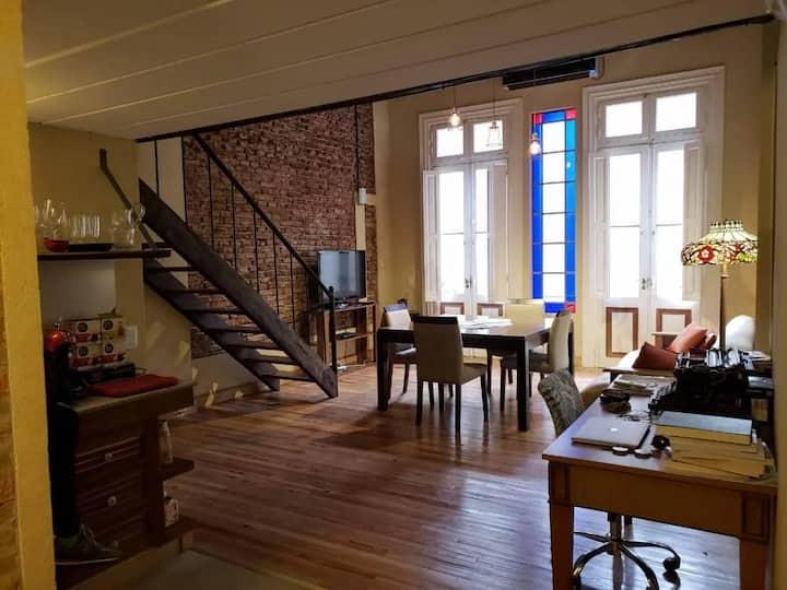 Loft  de 60 m2. Alquilo x mes ver disponibilidad