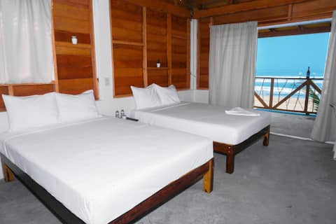 cabaña confort con vistas al mar.