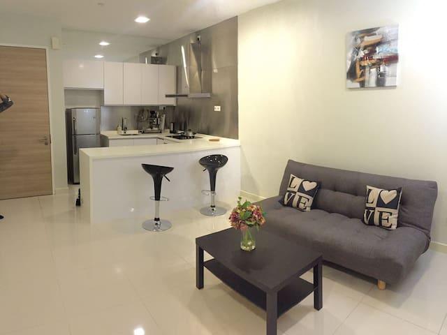 Single, Couple or 3pax bedroom at Bangsar South KL - Kuala Lumpur - Serviced flat