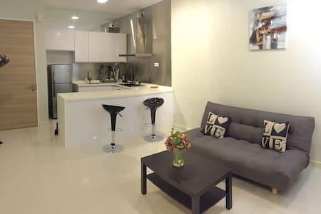 Single, Couple or 3pax bedroom at Bangsar South KL - Kuala Lumpur - Apartemen berlayanan