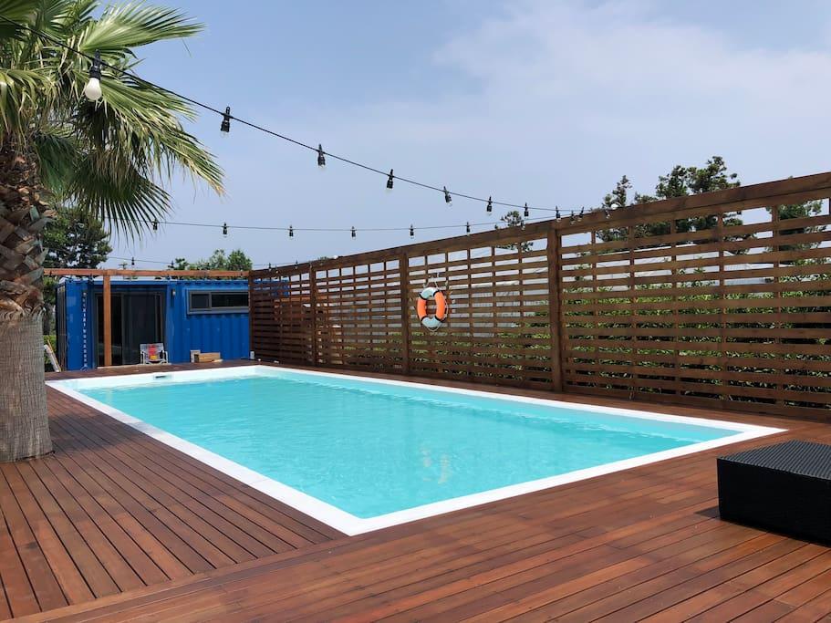 4x10M outdoor swimming pool from June til September