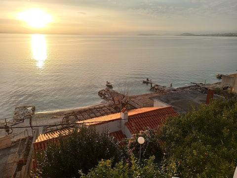 Stunning sunset views apartment seconds from beach