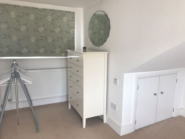 Room with en-suite (Crouch End/Muswell Hill)