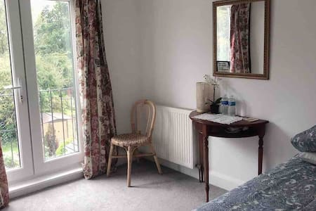 Laila's Room with two (or one) single £50 (£30)