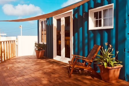 """LA CASITA Aruba"" , Tiny House (2 Bd) close to sea"