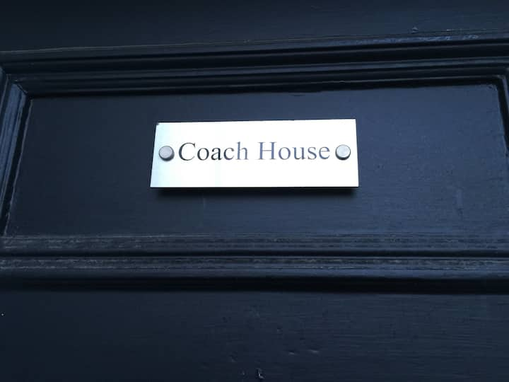 Coach House with Luxe Living in leafy Edgbaston.