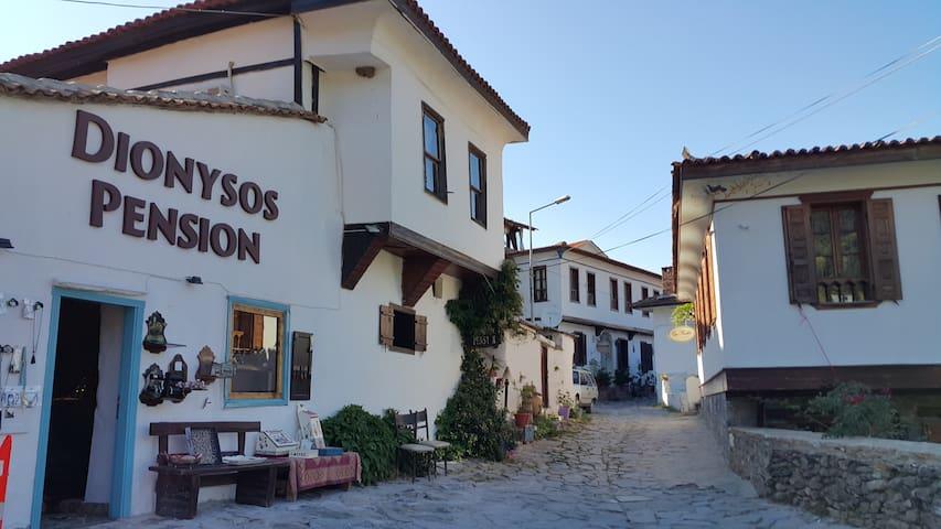 dionysos pension şirince selçuk - Şirince Köyü