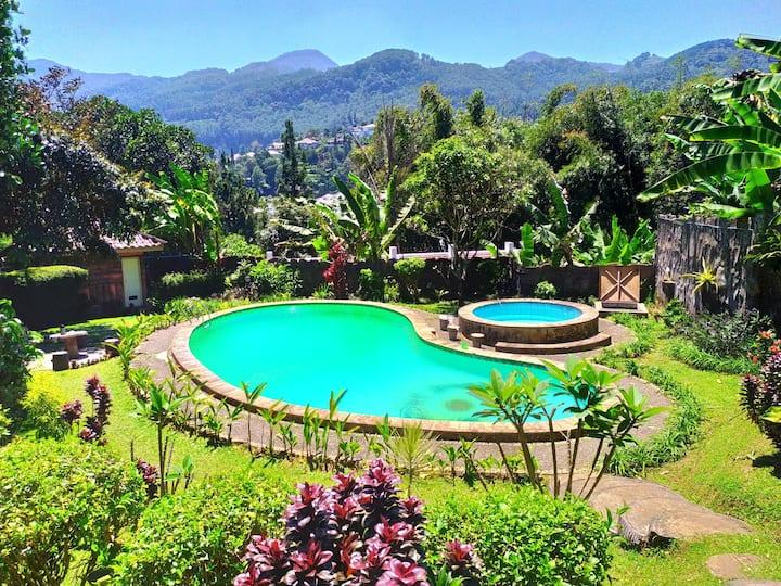 Villa Puncak Fasilitas lengkap Kapasitas 50 orang