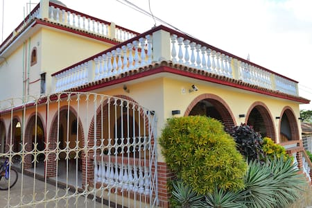 HOSTAL CUBA, Playa La Boca,Trinidad (Suite Room) - Bed & Breakfast