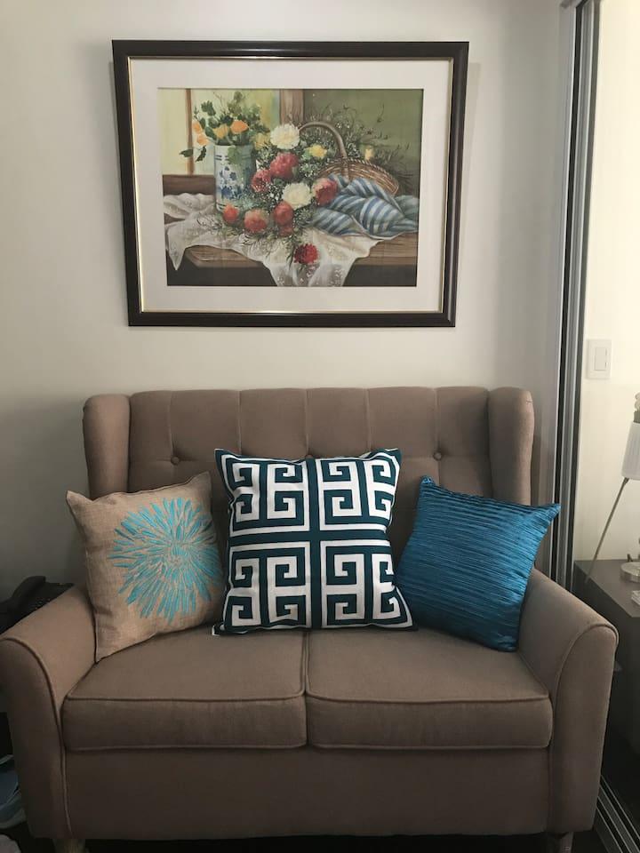 Come home to this comfy sofa!