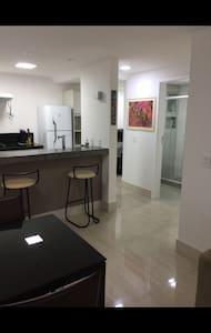 Apartamento Moderno - Quarto e Sala na Areia Preta - Guarapari