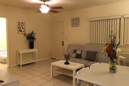 Cozy 3 bedroom Home In San Gabriel - House