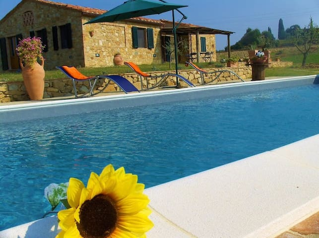 Villa with private pool in Tuscany
