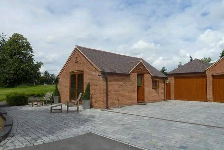 Modern Luxury Studio near NEC/Bham Airport - West Midlands - Apartament