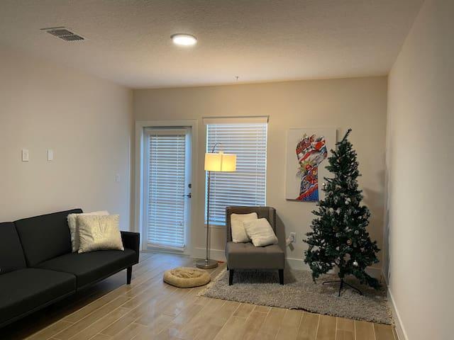 RENT PRIVATE ROOM #1 - Near the airport ORLANDO FL
