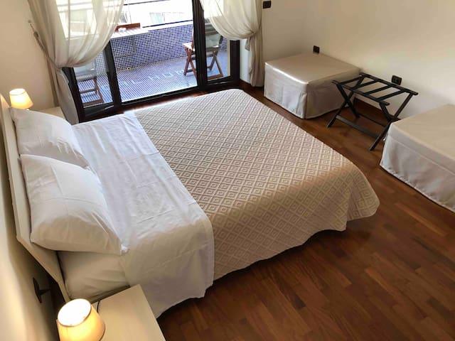 REGAL HOME (47 sqm) - PANORAMIC APARTMENT