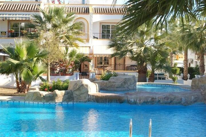 Charming townhouse in Orihuela Costa