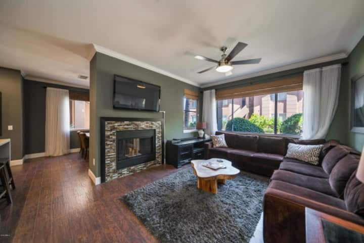 ✅ PERFECT Condo For Work Or Play In Scottsdale