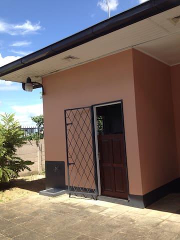 1 slaapkamer appartement - Paramaribo Zuid - Paramaribo  - Leilighet