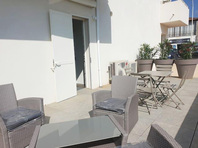 Appartement centre de Ste Lucie de Porto-vecchio